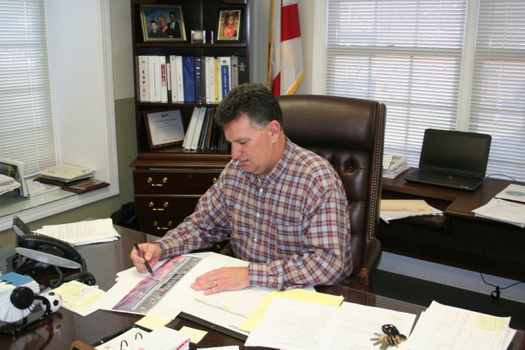 Mayor Ray Marler photo by Michele Forehand Dothan Eagle